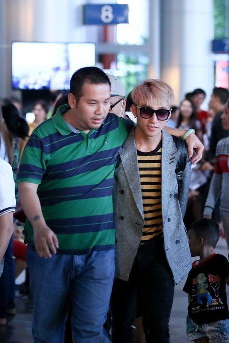 Tin giai tri ngay 18/11: Chien Thang chia tay ban gai kem 18 tuoi - Anh 1