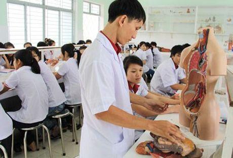 Doi moi dao tao y khoa: 6 nam dau hoc chuong trinh nhu nhau - Anh 1
