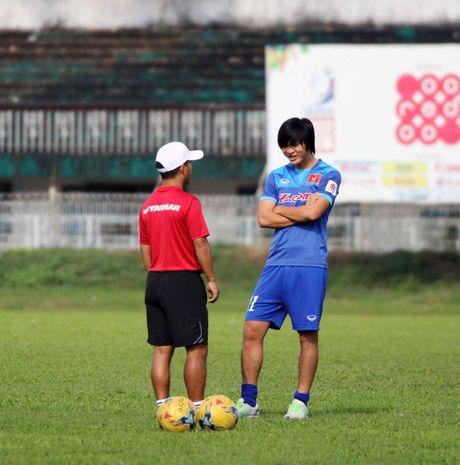 Tuan Anh khong da tran gap Myanmar hay lo luon AFF Cup? - Anh 2