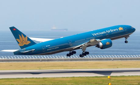 Vietnam Airlines: 30/11 chot danh sach co dong de dang ky giao dich tai UpCom - Anh 1
