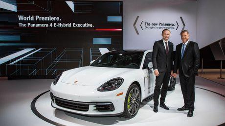Can canh Porsche Panamera Executive gia 13,8 ty dong - Anh 1