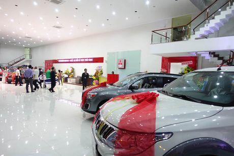 Ban xe tang ky luc, Mitsubishi mo them dai ly tai Viet nam - Anh 1
