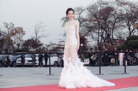 Tiet lo ve bo vay Chi Pu dien tai Asia Artist Awards - Anh 3