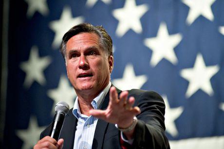 Ong Trump moi 'anti-fan' Mitt Romney lam Ngoai truong My? - Anh 1