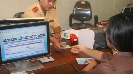 Kiem tra tinh trang cap bien so xe thieu minh bach tai Thua Thien - Hue - Anh 1