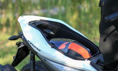 Yamaha NVX dau tien ve Ha Noi - Anh 11