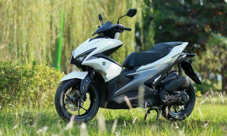 Yamaha NVX dau tien ve Ha Noi - Anh 1