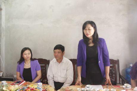 Ban giao Mai am cong doan cho doan vien thuoc quan Ha Dong - Anh 2