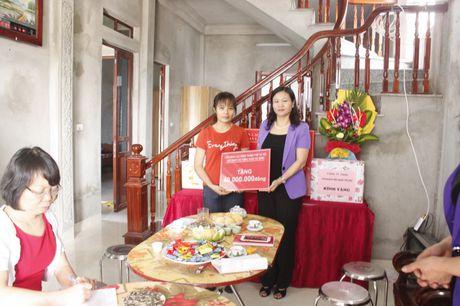 Ban giao Mai am cong doan cho doan vien thuoc quan Ha Dong - Anh 5