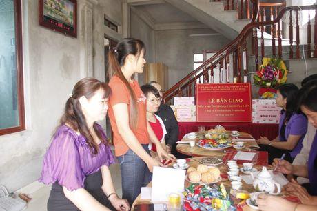 Ban giao Mai am cong doan cho doan vien thuoc quan Ha Dong - Anh 6