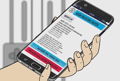 Nguoi Sai Gon dung smartphone tim cua hang ban thit sach - Anh 2