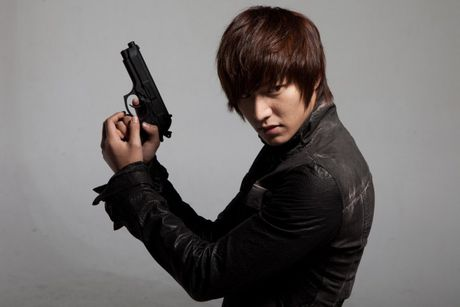 Lee Min Ho: Tung bi che rap khuon va het thoi, nhung cuoi cung van luon hot day thoi! - Anh 5