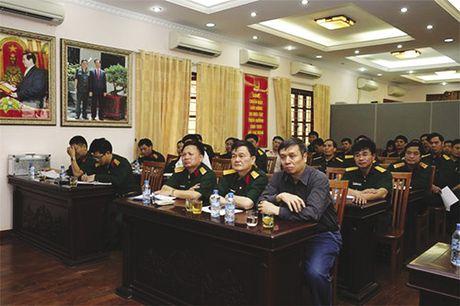 Doanh nghiep khong the mac mai mot chiec ao chat - Anh 1