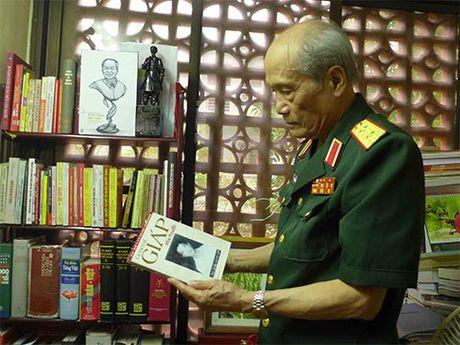 Trung tuong Pham Hong Cu: Mot phac thao gan - Anh 1