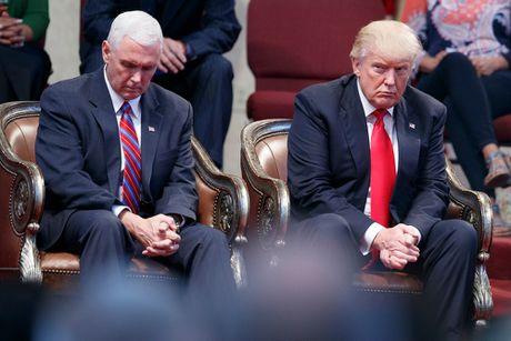 'Pho tuong' cua Trump hay chien binh trong ngua thanh Troy - Anh 2