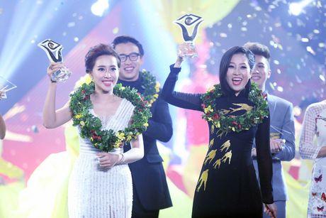 Dam Vinh Hung cat toc Lieu Ha Trinh giup co len ngoi En Vang - Anh 4
