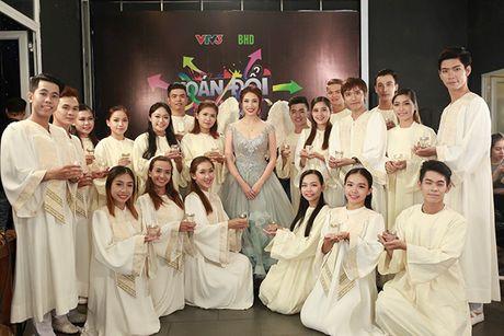 Hoan doi: Quang Hung chia tay Quynh Chau vi 'ham tien' - Anh 11