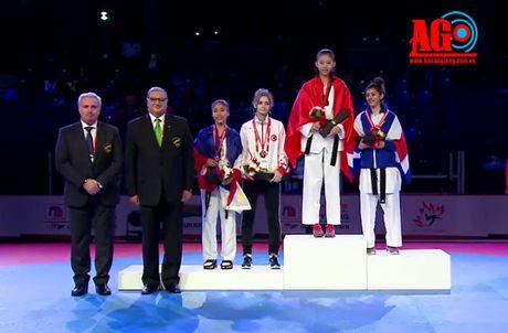 Ho Thi Kim Ngan doat huy chuong vang Taekwondo tre the gioi - Anh 1