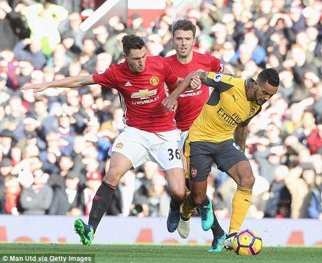 Cap nhat 'dai chien' Man United - Arsenal 1-1: Giroud lap cong - Anh 1