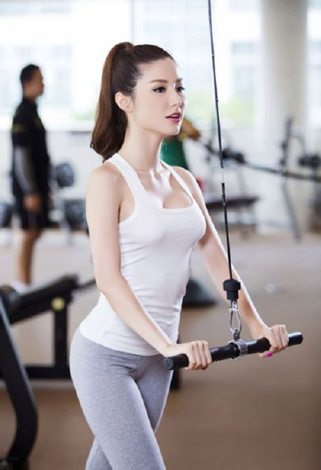 Do tap gym sao Viet: Ke sexy qua doi, nguoi lai kin nhu bung - Anh 11