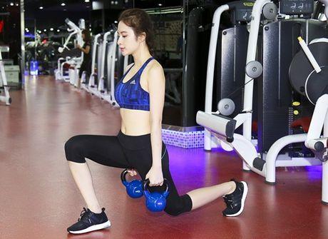 Do tap gym sao Viet: Ke sexy qua doi, nguoi lai kin nhu bung - Anh 7