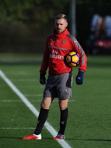 Chum anh: Sanchez hang say, Arsenal quyet dau Man Utd - Anh 5
