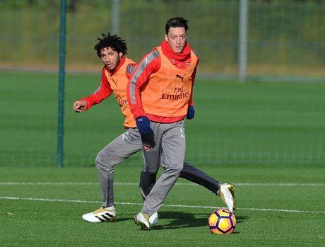 Chum anh: Sanchez hang say, Arsenal quyet dau Man Utd - Anh 6