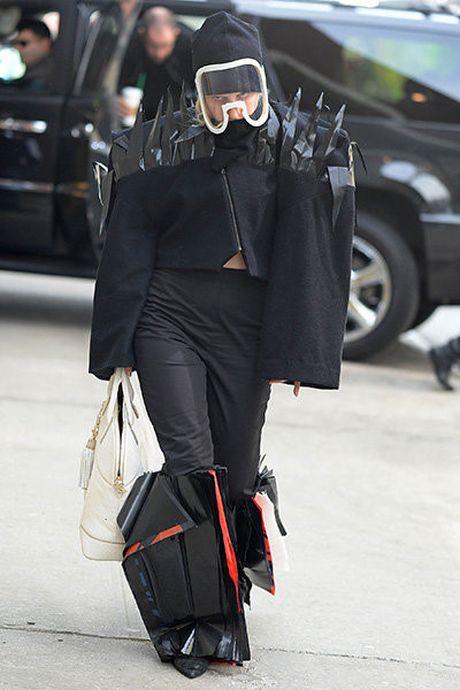 15 bo trang phuc khong giong ai cua Lady Gaga - Anh 13