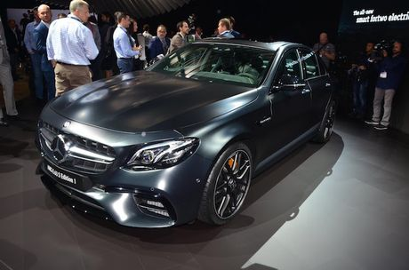 Mercedes-AMG E63 S co ban 'hang dot dau' sieu manh - Anh 2