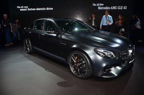 Mercedes-AMG E63 S co ban 'hang dot dau' sieu manh - Anh 4