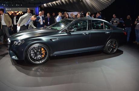 Mercedes-AMG E63 S co ban 'hang dot dau' sieu manh - Anh 5