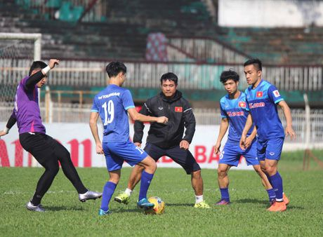 Myanmar - Viet Nam (18 gio 30 ngay 20-11): Cua ai kho khan - Anh 1