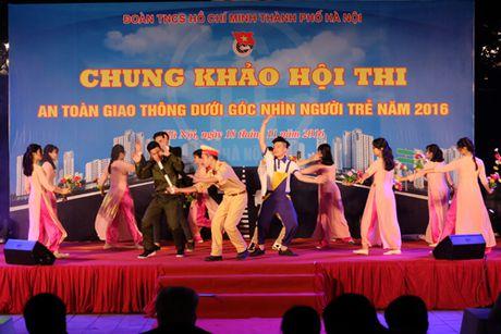 Soi dong dem chung khao 'An toan giao thong duoi goc nhin nguoi tre' thanh pho Ha Noi - Anh 1