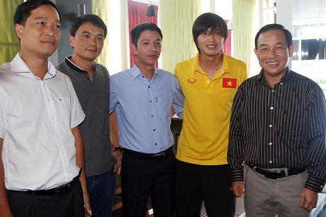 Dai su Viet Nam tai Myanmar tang tho cho thay tro HLV Huu Thang - Anh 10
