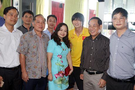Dai su Viet Nam tai Myanmar tang tho cho thay tro HLV Huu Thang - Anh 14