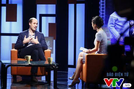 VIDEO: Bat mi hau truong thu vi cua cuoc tro chuyen voi Hoang tu William - Anh 1
