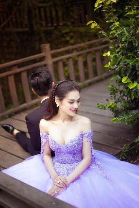 Lam Khanh Chi bat ngo tung anh cuoi dep me hon - Anh 3