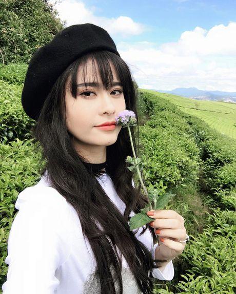 Vo chong Truong Quynh Anh nhi nho quay MV moi tai Da Lat - Anh 6
