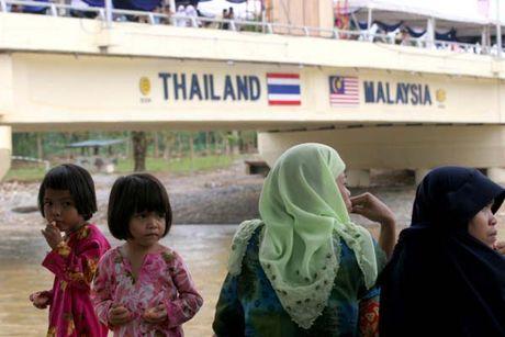 Thai Lan, Malaysia dinh xay tuong doc bien gioi - Anh 1