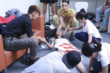 Bi 'to' boc lot thi sinh, Vietnam's Next Top Model da den luc dung lai? - Anh 2