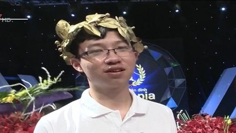 Phan Dang Nhat Minh tranh tai cung 3 thi sinh cuoc thi quy - Anh 1