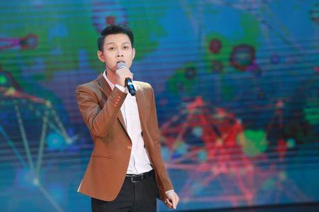 NSND Tran Hieu tung chay khap noi tim hoc tro di hoc tro lai - Anh 5