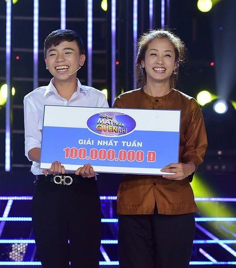 'Guong mat than quen nhi': Cau chuyen mua lu khien giam khao rung rung - Anh 3