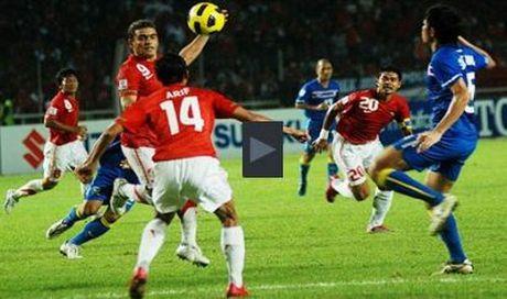 Thai Lan ha dep Indonesia 4-2, Singapore cam hoa Philippines 0-0 - Anh 1