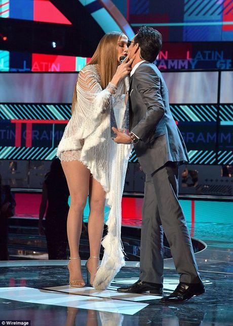 Sau nu hon voi vo cu Jennifer Lopez, Marc Anthony va vo tre chia tay - Anh 2