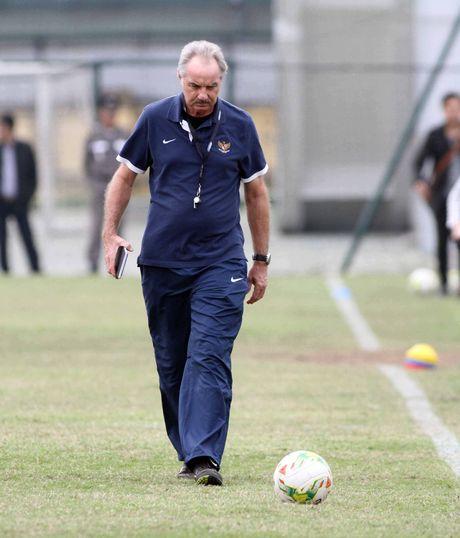 Bang A, AFF Cup: Thay tro Kiatisak bat dau hanh trinh bao ve ngoi vuong - Anh 3