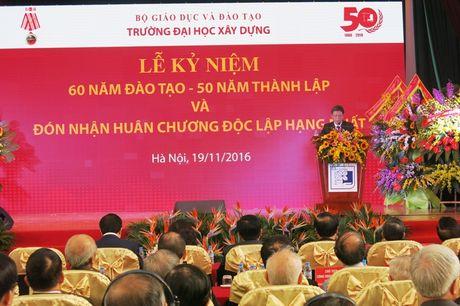 Truong Dai hoc Xay dung don nhan Huan chuong Doc lap hang Nhat - Anh 3