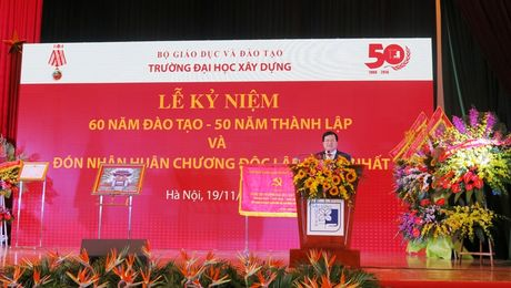 Truong Dai hoc Xay dung don nhan Huan chuong Doc lap hang Nhat - Anh 5