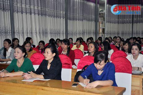 Nang cao ky nang cho 100 can bo phu nu co so tham gia nhiem ky dau - Anh 1