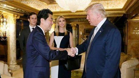 Trung Quoc noi gi ve cuoc hop kin giua Thu tuong Nhat va tan Tong thong Donald Trump? - Anh 1